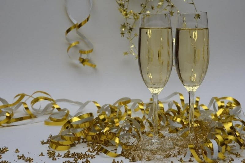 New Year's Streamers & champagne glasses